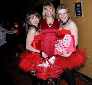 Valentine Girls: Katherine Rosati, Vicky Gouldbourn, Jack Mellor (photo by Lydia Oslejova)